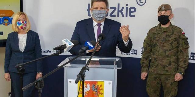 Ponad 1,1 mln maseczek ochronnych trafiło do mieszkańców województwa łódzkiego